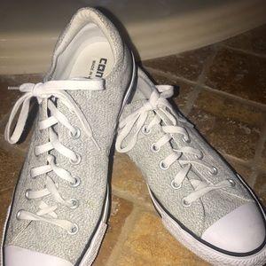 Womens Converse light gray black speck shoes sz 10